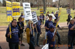 Faculty and Students in Support of D.U. Concession Workers
