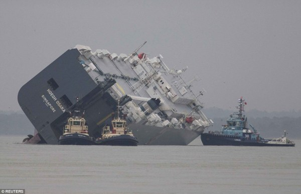 The Hoegh Osaka, stranded off of Southhampton, UK