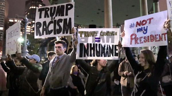 trump-protestors-boston