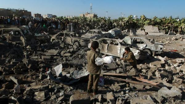 Saudi-Led Coalition Bombs Yemen Wedding with US Weapons, Killing 131 Civilians