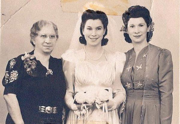 1942 - Grandma Sarah, Mom, Aunt Mal a